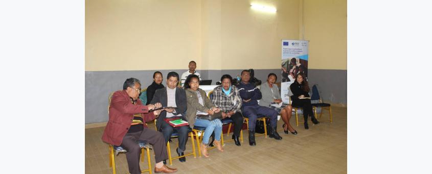 Focus Groupe pour l'élaboration du Guide d'engagement constructif et collaboratif entre FDS et citoyens à Ambohidratrimo
